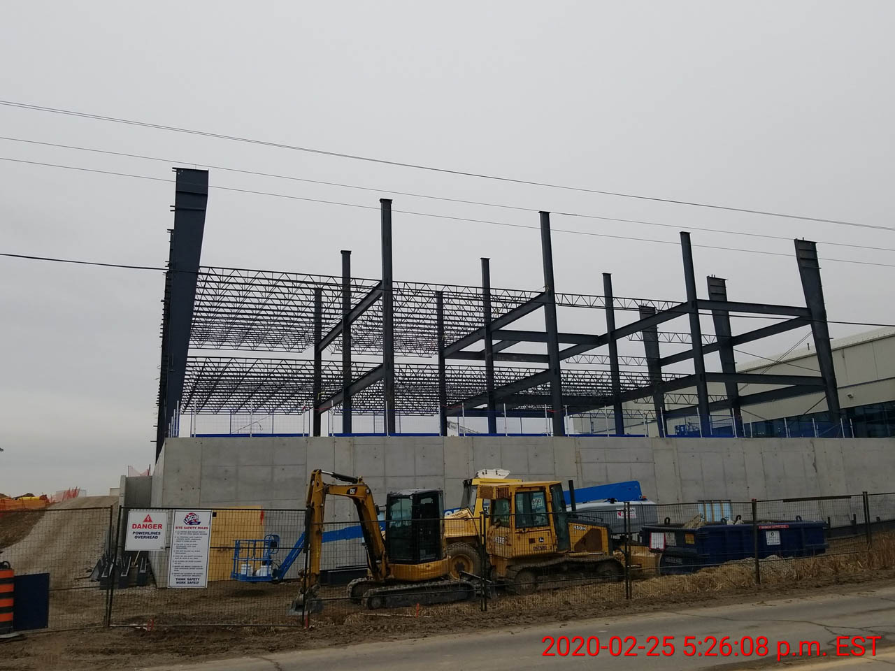 Institutional Project - BB GUNN offers pre-engineered metal building erecting, installation of wall cladding systems, steel roofs and insulated metal panel, structural steel, welding, and steel decking.